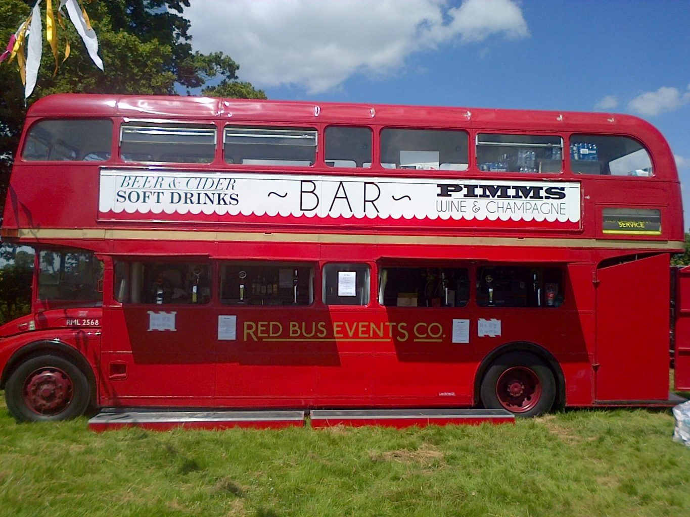London Double Decker Bus Bar